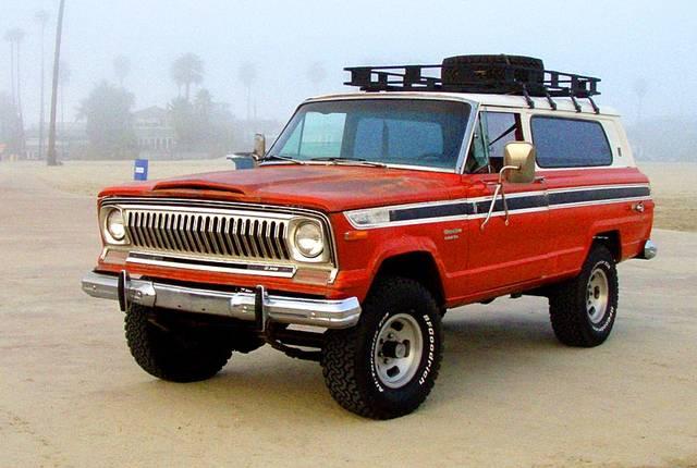 初代モデル SJ(1974年-1983年)