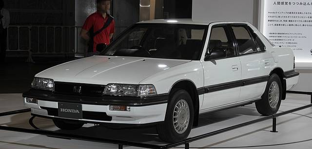 初代モデル(1985年〜1990年)