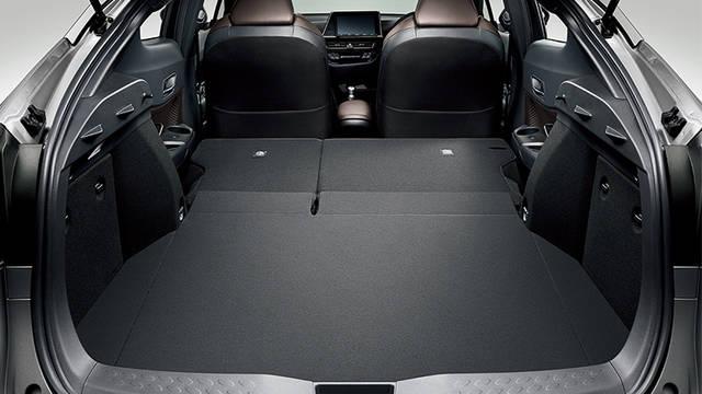 トヨタ C-HR | 室内 | コンフォート | トヨタ自動車WEBサイト (46071)