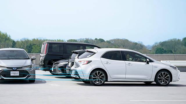 トヨタ カローラ スポーツ   トヨタ自動車WEBサイト (47903)