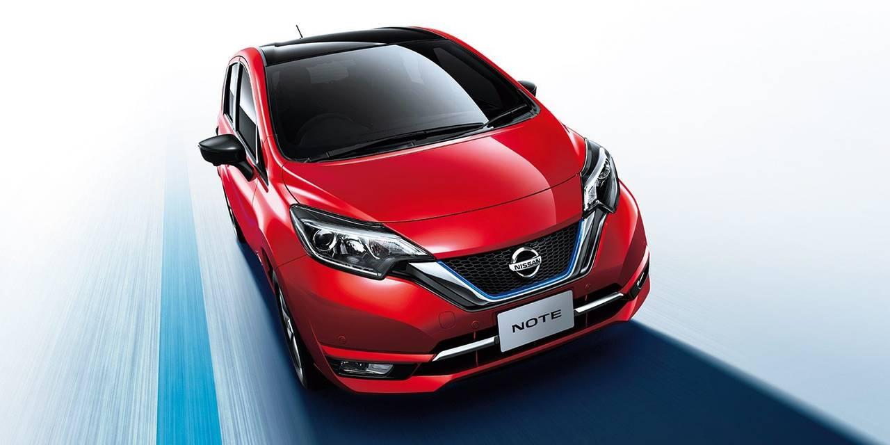 日産ノートe-POWERが100%電気自動車の日産リーフと比べてのメリット・デメリットとは?