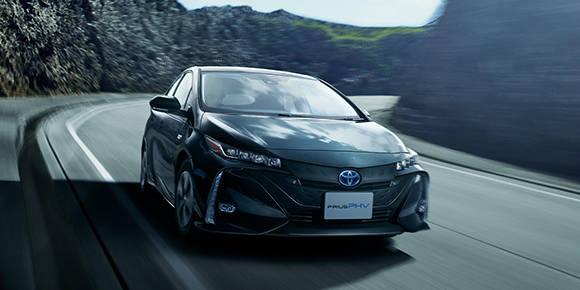 トヨタ プリウスPHV | 外観 | トヨタ自動車WEBサイト (50801)