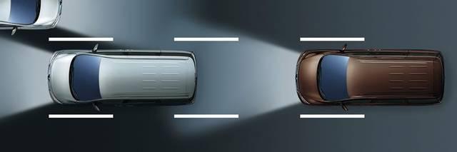 日産:エルグランド [ ELGRAND ] ミニバン/ワゴン | 先進安全装備 (52616)
