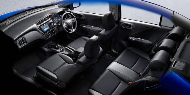 室内空間 インテリア グレイス Honda (53815)