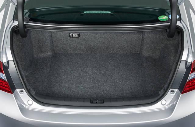 荷室・収納|インテリア|アコード|Honda (54003)