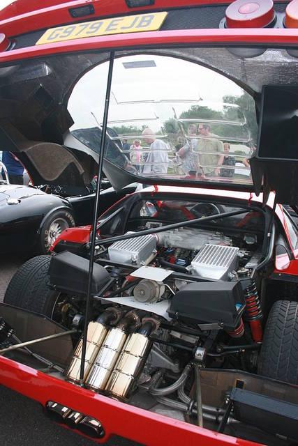 フェラーリ・F40 - Wikipedia (55789)