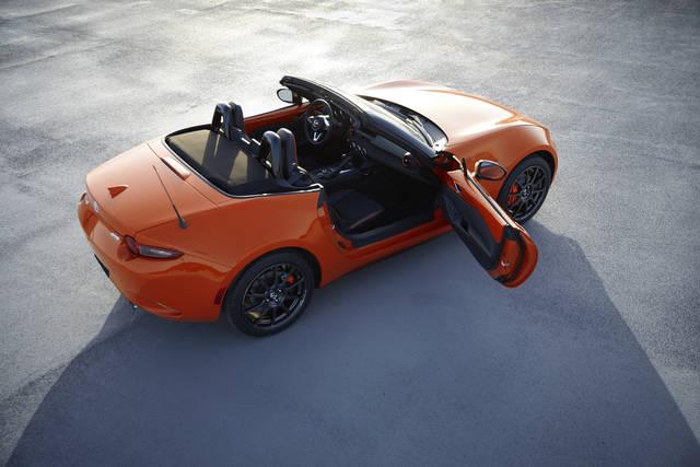 【MAZDA】「マツダ ロードスター30周年記念車」の国内販売について|ニュースリリース (57903)