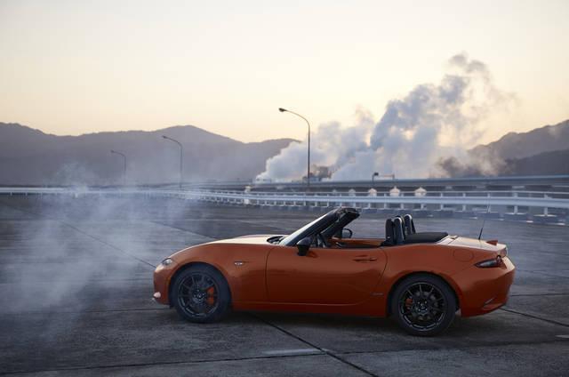 【MAZDA】「マツダ ロードスター30周年記念車」の国内販売について|ニュースリリース (57909)