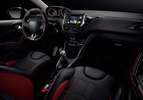 Peugeot 208 GTi | Concept | PEOGEOT 208 GTiのご紹介。内に秘めた圧倒的なエネルギーと熱い情熱を (58742)