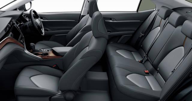 【公式】アルティスの車内空間と荷室|ダイハツ (59640)