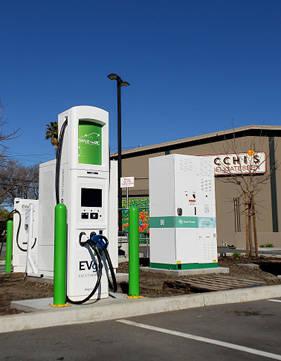 米国カリフォルニア州でのEV実証事業にチャデモ式超高速充電器を導入 - 日産自動車ニュースルーム (59671)