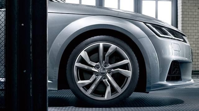 Audi TT Coupé (60317)