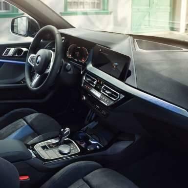 【公式】BMW 1シリーズ ❘ モデル紹介 (66107)