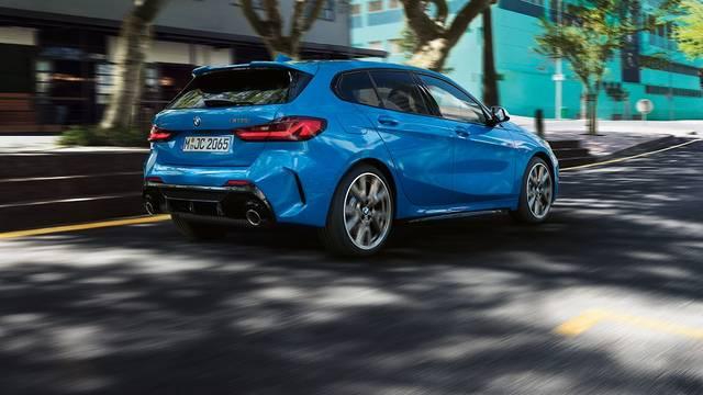 【公式】BMW 1シリーズ ❘ モデル紹介 (66111)