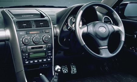 アルテッツァ(トヨタ)のモデル・グレード別カタログ情報|中古車の情報なら【グーネット】 (68438)