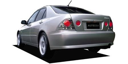 アルテッツァ(トヨタ)のモデル・グレード別カタログ情報|中古車の情報なら【グーネット】 (68440)