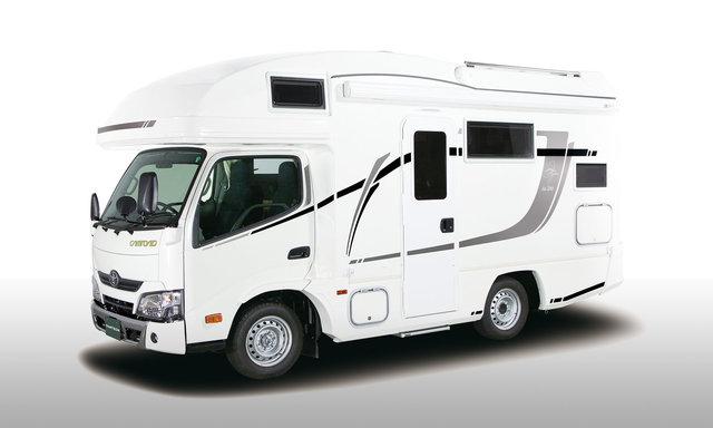 【キャブコン】ZiL520(ジル520)外装 | キャンピングカーのバンテック (69095)