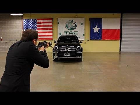 車体改造メーカーの超過激プロモーション「ほら、これだけ撃たれても貫通しません」