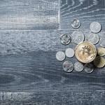 大企業や公務員でも要注意! 中高年の年収が下がってしまう5つの要因の避け方はある?