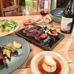 多彩なオーガニックメニューを揃える「サスティナブルキッチン ROSY」東京・神田にオープン!