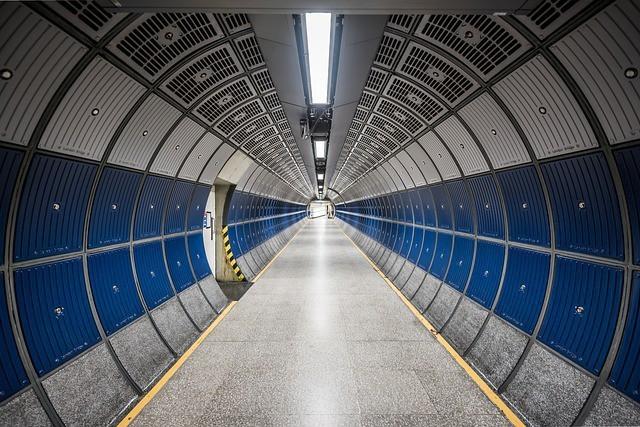 Free photo: Hallway, Round, Tube, Design - Free Image on Pixabay - 802068 (622)
