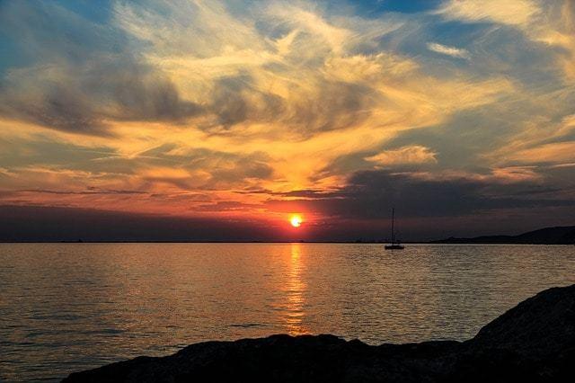 Free photo: Smoke, Boat, Sun - Free Image on Pixabay - 386359 (670)