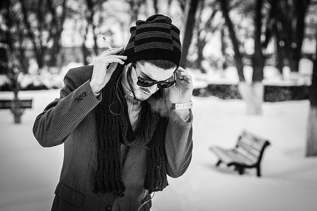 Free photo: Boy, Winter, Snow, Smoke, Girl - Free Image on Pixabay - 1275645 (1138)