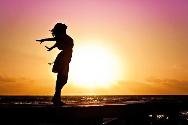 Free photo: Woman, Happiness, Sunrise - Free Image on Pixabay - 570883 (1371)