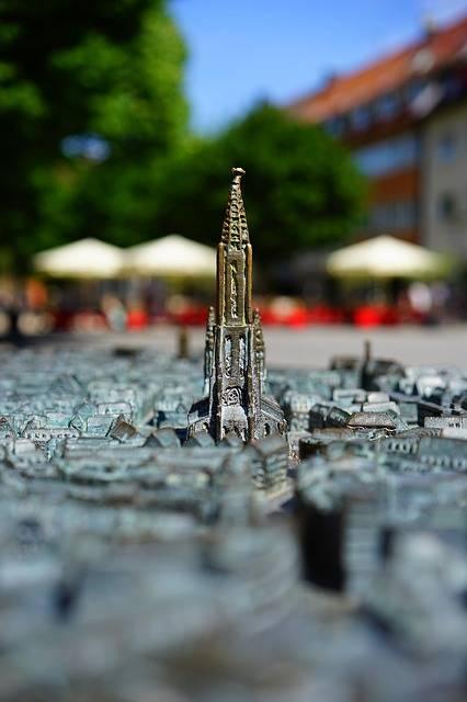 Free photo: Relief, City, Ulm, Metal - Free Image on Pixabay - 829505 (2413)