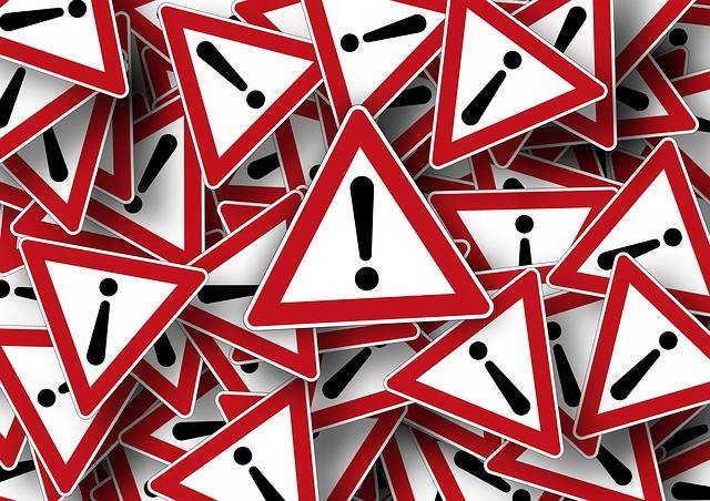 Free illustration: Road Sign, Attention, Right Of Way - Free Image on Pixabay - 663368 (3588)
