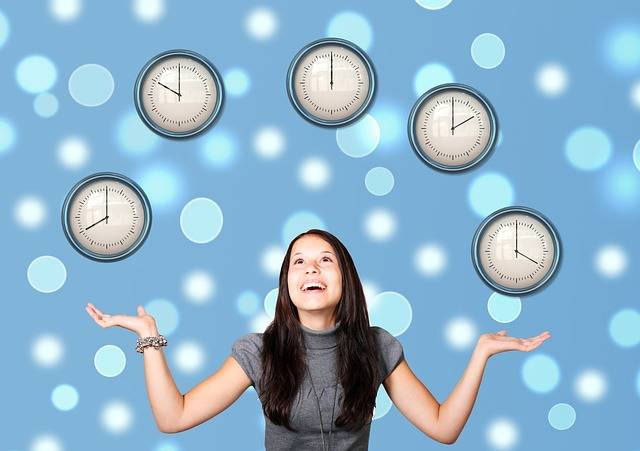 Free illustration: Girl, Woman, Time, Watches, Juggle - Free Image on Pixabay - 1940244 (3922)
