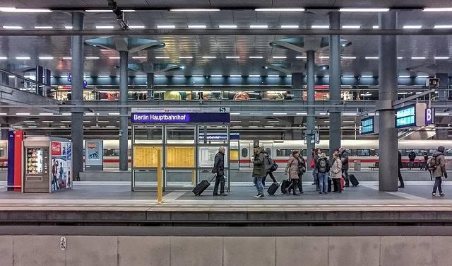 Free photo: Berlin, Capital, Hbf, Tourism - Free Image on Pixabay - 630640 (3953)