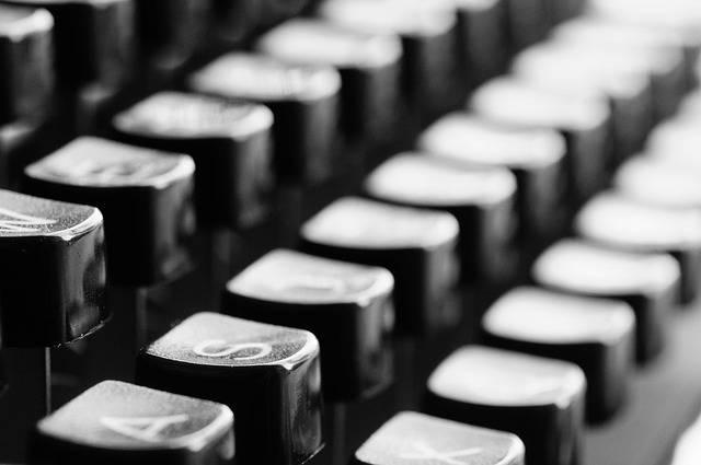 Free photo: Typewriter, Keys, Mechanically - Free Image on Pixabay - 726965 (8090)