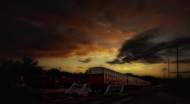 Free photo: Siding, Train, Night - Free Image on Pixabay - 50517 (13435)