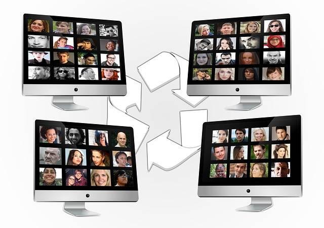 Free illustration: Social Media, Monitor, Exchange - Free Image on Pixabay - 550770 (15787)