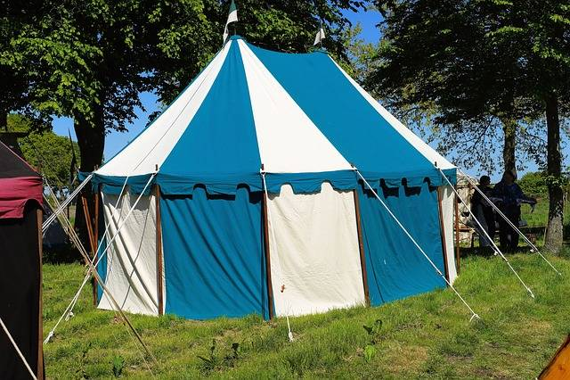 Free photo: Tent, Ritterzelt, Blue White - Free Image on Pixabay - 784395 (21149)