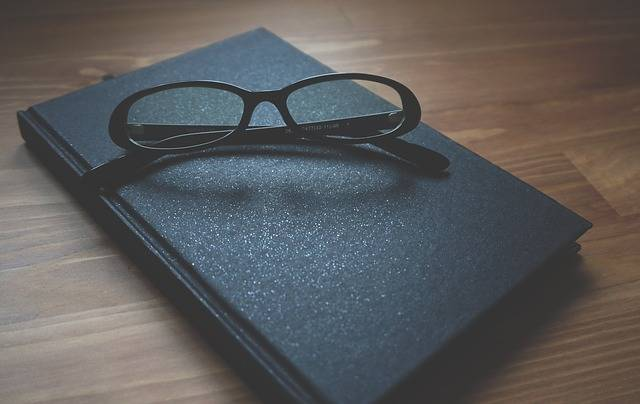 Free photo: Glasses, Notebook, Wooden, Business - Free Image on Pixabay - 1280549 (33816)