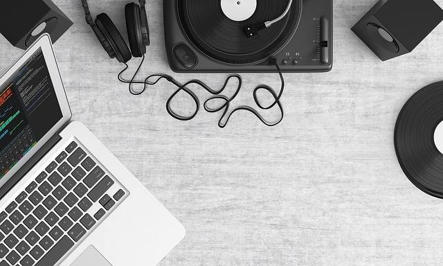 Free photo: Turntable, Top View, Audio - Free Image on Pixabay - 1109588 (34866)