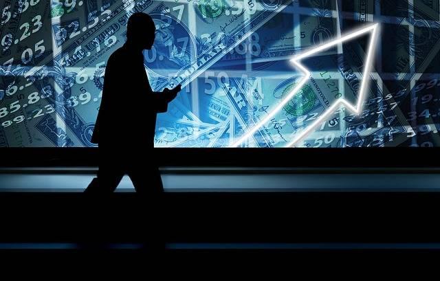 Free illustration: Businessman, Mobile Phone - Free Image on Pixabay - 2365538 (35556)