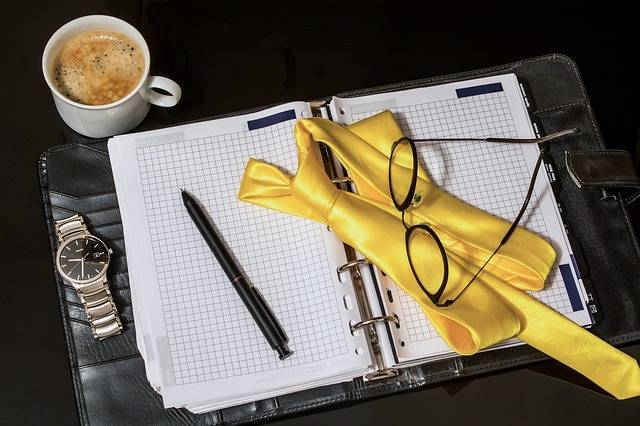 Free photo: Agenda, Tie, Pen, Men'S Watch - Free Image on Pixabay - 2292353 (40266)