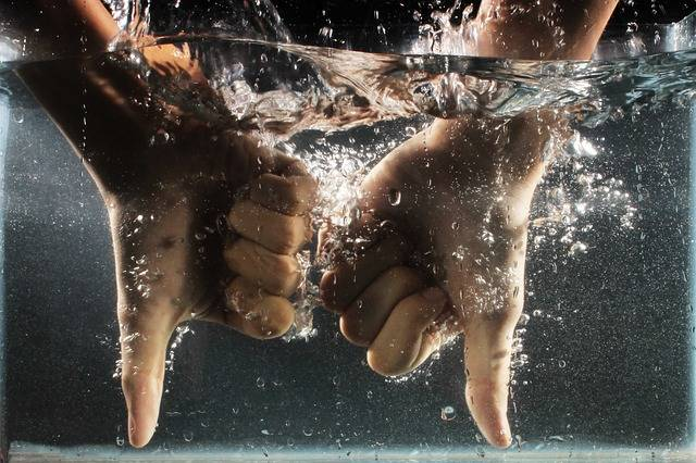 Free photo: Hand, Water, Dislike, Wet, Splash - Free Image on Pixabay - 774890 (41903)