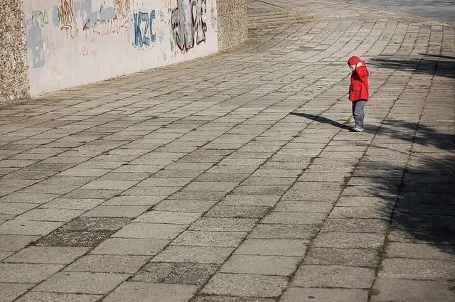 Free photo: Lonely, Boy, Child, Red - Free Image on Pixabay - 428380 (44961)