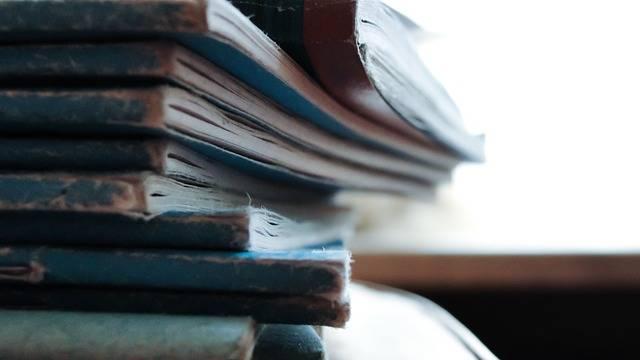 Free photo: Books, Old, Pile, Vintage, Reading - Free Image on Pixabay - 1031699 (45237)