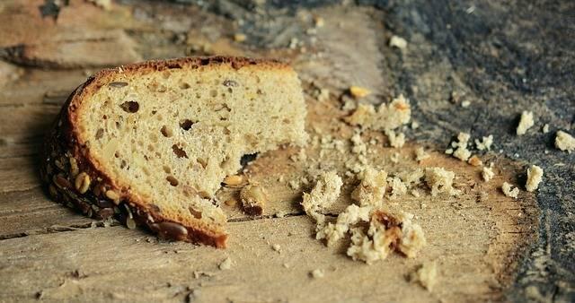 Free photo: Bread, Bread Crumbs, Crumb, Poverty - Free Image on Pixabay - 2542308 (47194)