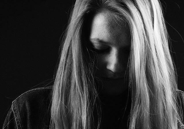 Free photo: Girl, Sadness, Dark - Free Image on Pixabay - 517555 (49325)
