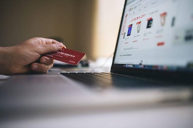Free photo: Ecommerce, Shopping, Credit Card - Free Image on Pixabay - 2607114 (51994)