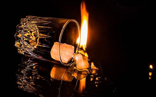Free photo: Glass, Overturned, Ice Cubes, Flame - Free Image on Pixabay - 1915220 (54176)