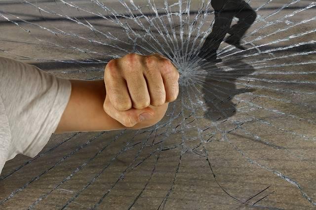 Free photo: Violent, Crime, Burglary, Faust - Free Image on Pixabay - 1166556 (57187)