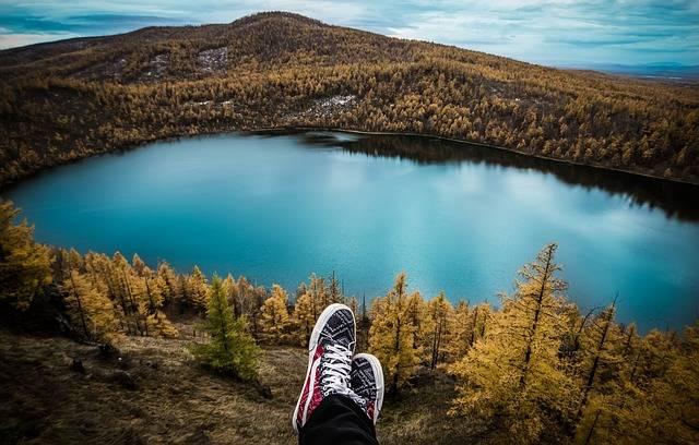Free photo: Travel, Aershan, Shoes, Lake - Free Image on Pixabay - 1749508 (57241)