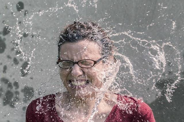 Free photo: Refreshment, Splash, Water, Woman - Free Image on Pixabay - 438399 (59505)